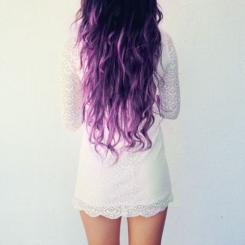 Long-Wavy-Purple-Hairstyle-2