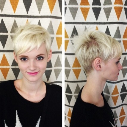 Short-Blond-Hairstyle-with-Bangs