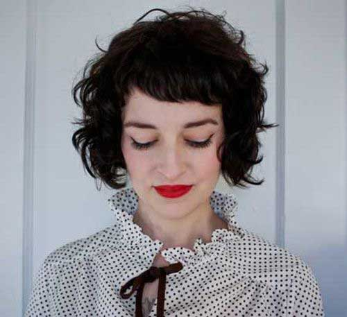 Short-Curly-Hair-with-Bangs
