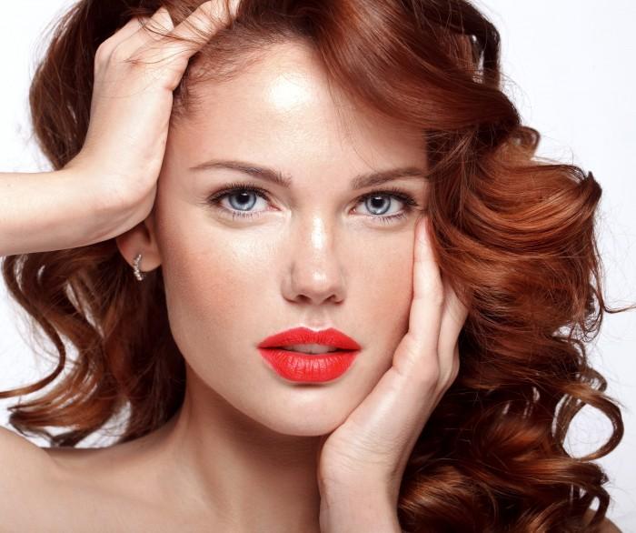 colore-capelli-primavera-estate-rossi-700x586