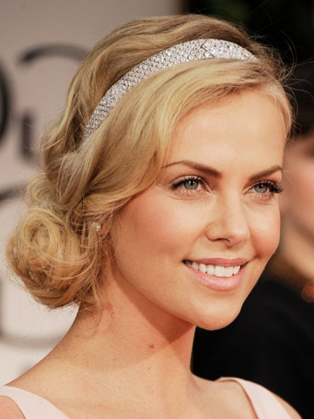 hairstyles-with-a-headband-for-long-hair-long-hairstyle-galleries-with-regard-to-headband-hairstyles-v-cut-and-u-cut-hairstyles