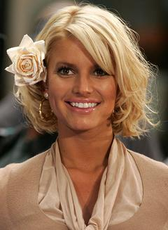 Sep 01 2006; New York, NY, USA; Singer JESSICA SIMPSON performs on the 'Today' show held at Rockefeller Plaza. Mandatory Credit: Photo by Nancy Kaszerman/ZUMA Press. (©) Copyright 2006 by Nancy Kaszerman