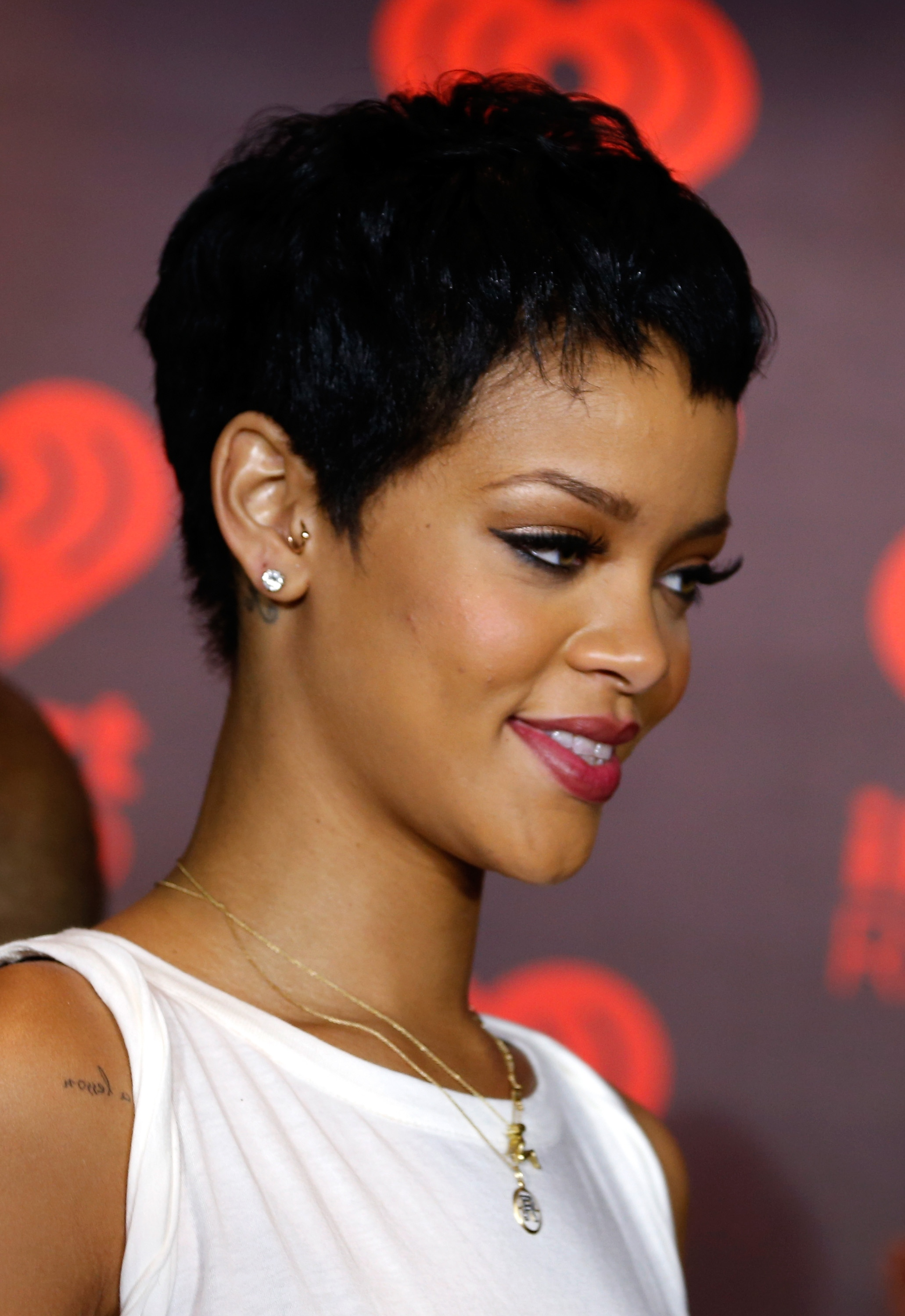 LAS VEGAS, NV - SEPTEMBER 21: Singer Rihanna appears backstage during the 2012 iHeartRadio Music Festival at the MGM Grand Garden Arena on September 21, 2012 in Las Vegas, Nevada. (Photo by Christopher Polk/Getty Images for Clear Channel)