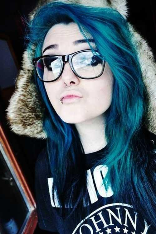 17_Punk-Style-Hairdo