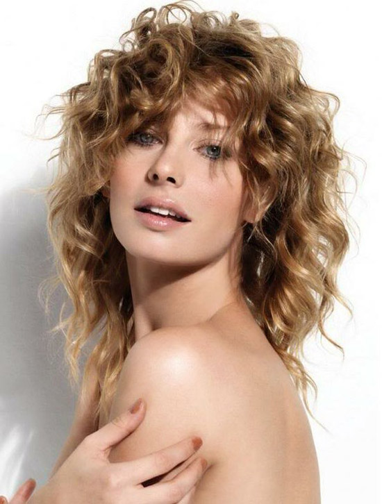 20-Best-Cute-Easy-Simple-Yet-Cool-Curly-Hairstyles-Haircuts-For-Women-2