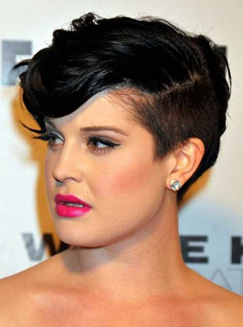 2014-Short-Hairstyles-for-Round-Faces-Kelly-Osbourne-Pixie-Haircut