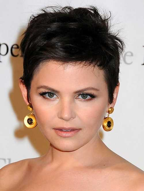 2014-black-short-hairstyles-for-round-faces