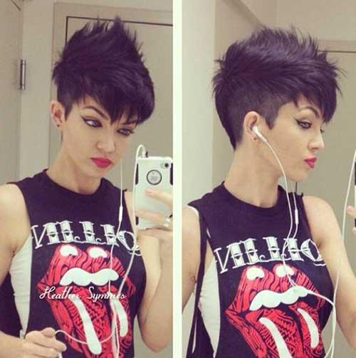 20_Punk-Style-Hairdo