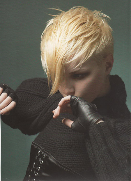 Awesome-Pixie-Cut-with-Long-Bangs