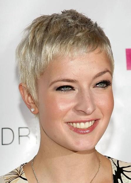 Celebrity-Short-Pixie-Cut