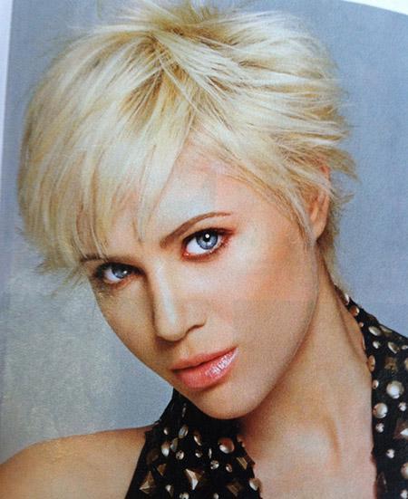 Enticing-Blonde-Pixie-Cut Enticing-Blonde-Pixie-Cut