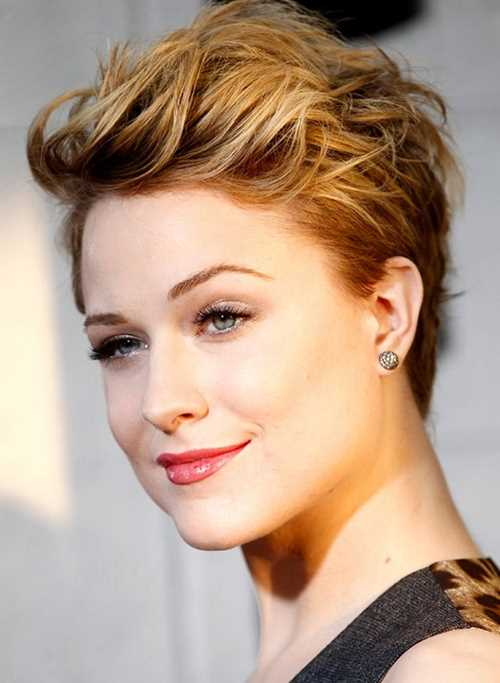 Evan-Rachel-Woods-Short-Hairstyles-Layered-Pixie-Haircut-for-2014