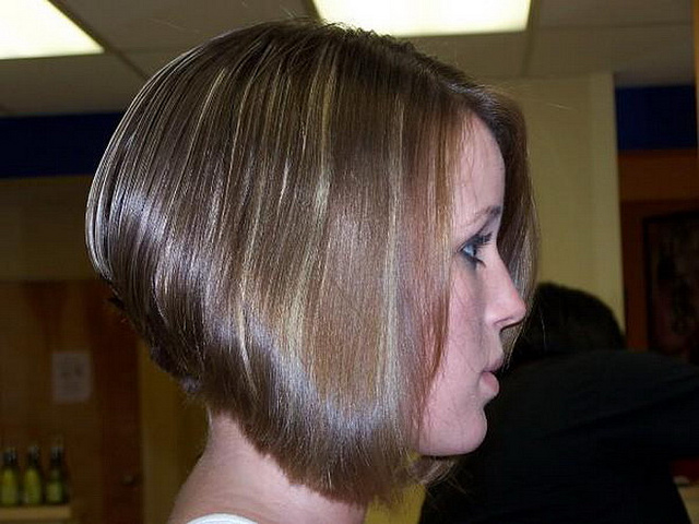 Inverted-Bob-Hairstyles-Pictures
