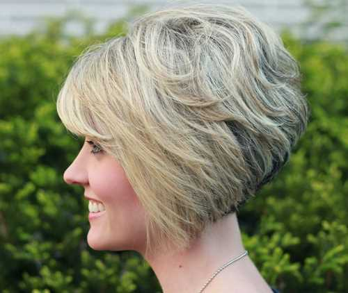 Messy-Layered-Stacked-Bob-Hairstyles