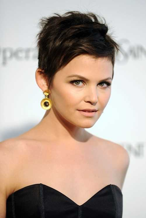 Pixie-Hairstyle-for-Round-Face