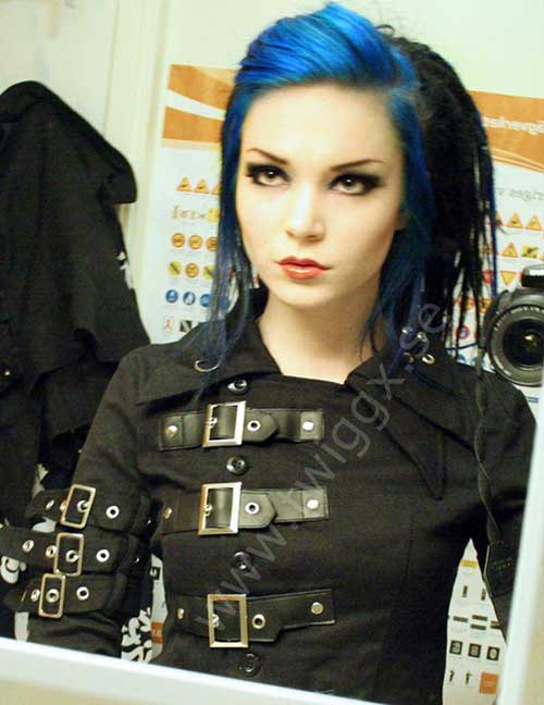 Punk-Hairstyle-for-Women