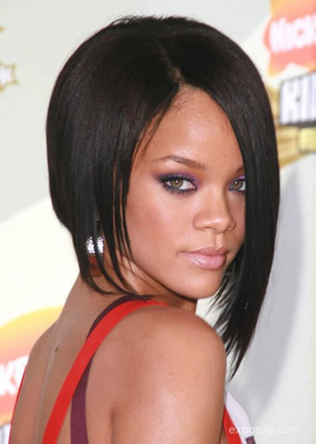 Rihannas-Awesome-Asymmetric-Bob-Cut