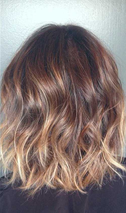 Short-Brown-Hair-with-Blonde-Highlights