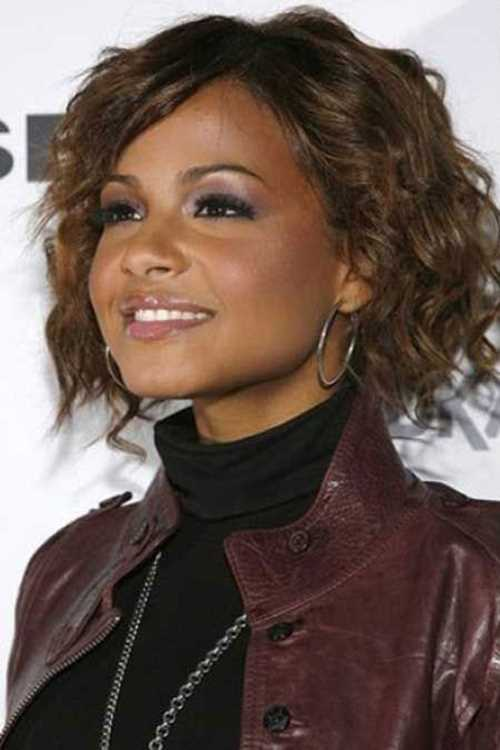 Short-Curly-Bob-Hairstyles-For-Black-Women