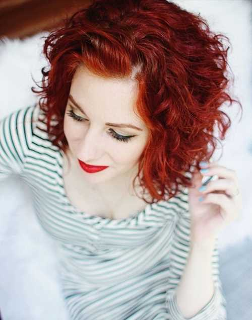 Short-Curly-Hairstyle-for-Red-Hair Short-Curly-Hairstyle-for-Red-Hair