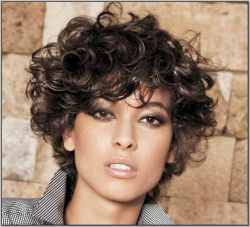 Estremamente Tagli corti per capelli ricci: una gallery da cui prendere spunto CH02