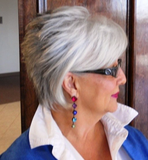 Short-Hairstyles-for-Women-Over-60-with-Glasses-image