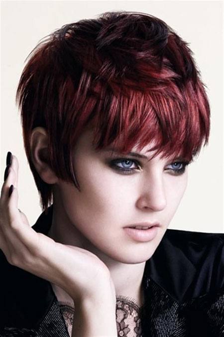 Short-Hairstyles-for-Women-and-Color