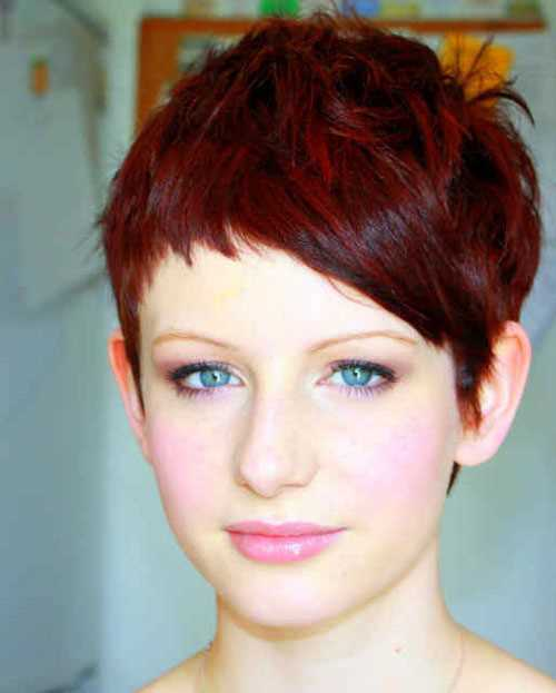 capelli corti rossi