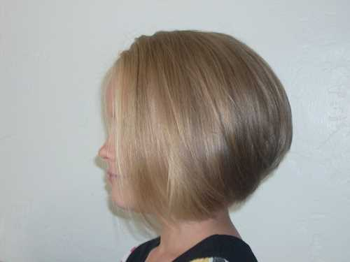 Stacked-Bob-Hairstyle-for-Fine-Hair