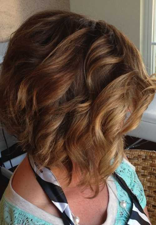 curly styles for short hair bob scalati 33 favolosi esempi tutti per voi 2079 | Stacked Wavy Curly Bob Hairstyles for Short Hair