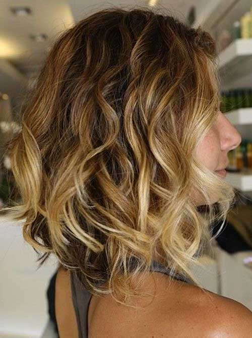 Wavy-Bob-Hair-with-Blonde-Ombre Wavy-Bob-Hair-with-Blonde-Ombre