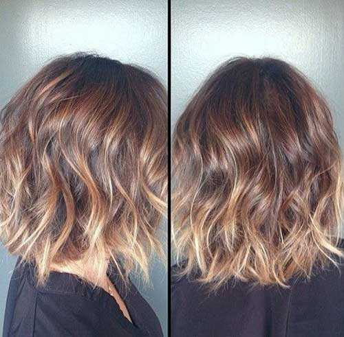 Wavy-Short-Hair-with-Blonde-Ombre-Style
