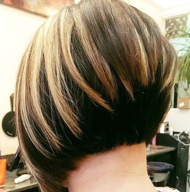 back-view-of-graduated-bob-hairstyles back-view-of-graduated-bob-hairstyles-1