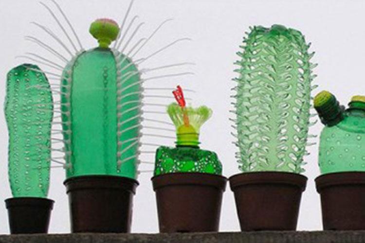 10 modi divertenti per riciclare le bottiglie di plastica for Contenitori in plastica da giardino