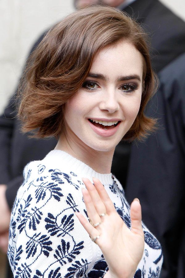 lily-collins-short-bob-haircut-2016