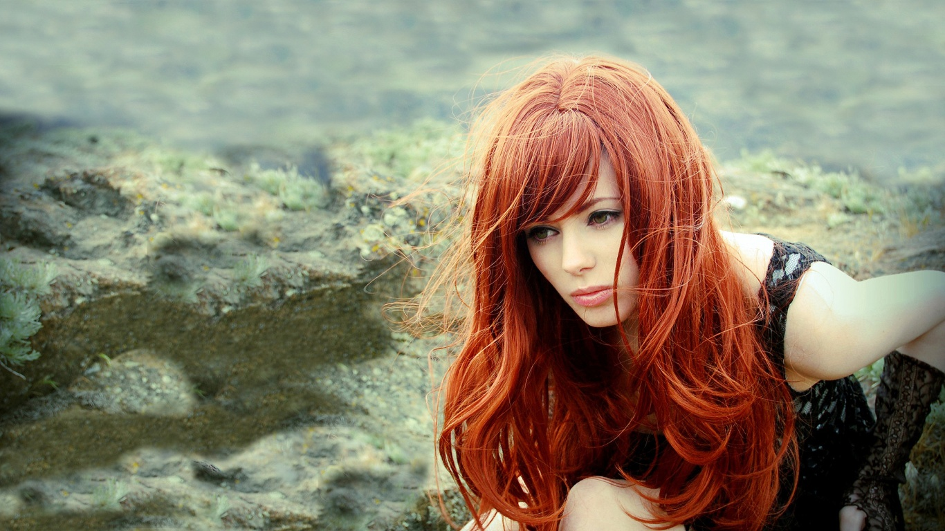 red-hair-woman-1366x768