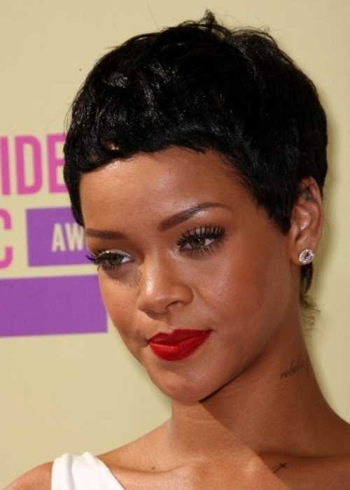 rihanna-african-american-cropped-pixie-cut-hairstyle-haircut-with-image