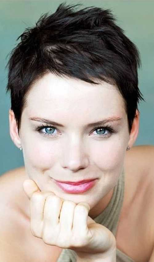 short-pixie-with-short-bangs-2016-450x767