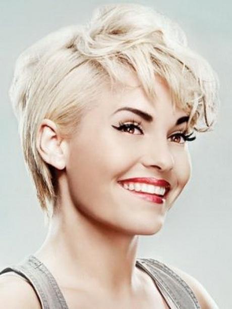 tagli-capelli-corti-biondo-platino-02-3 tagli-capelli-corti-biondo-platino-02-3