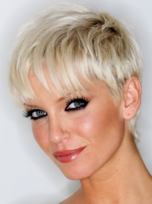 tagli-capelli-corti-donna-2015-2015-07_10