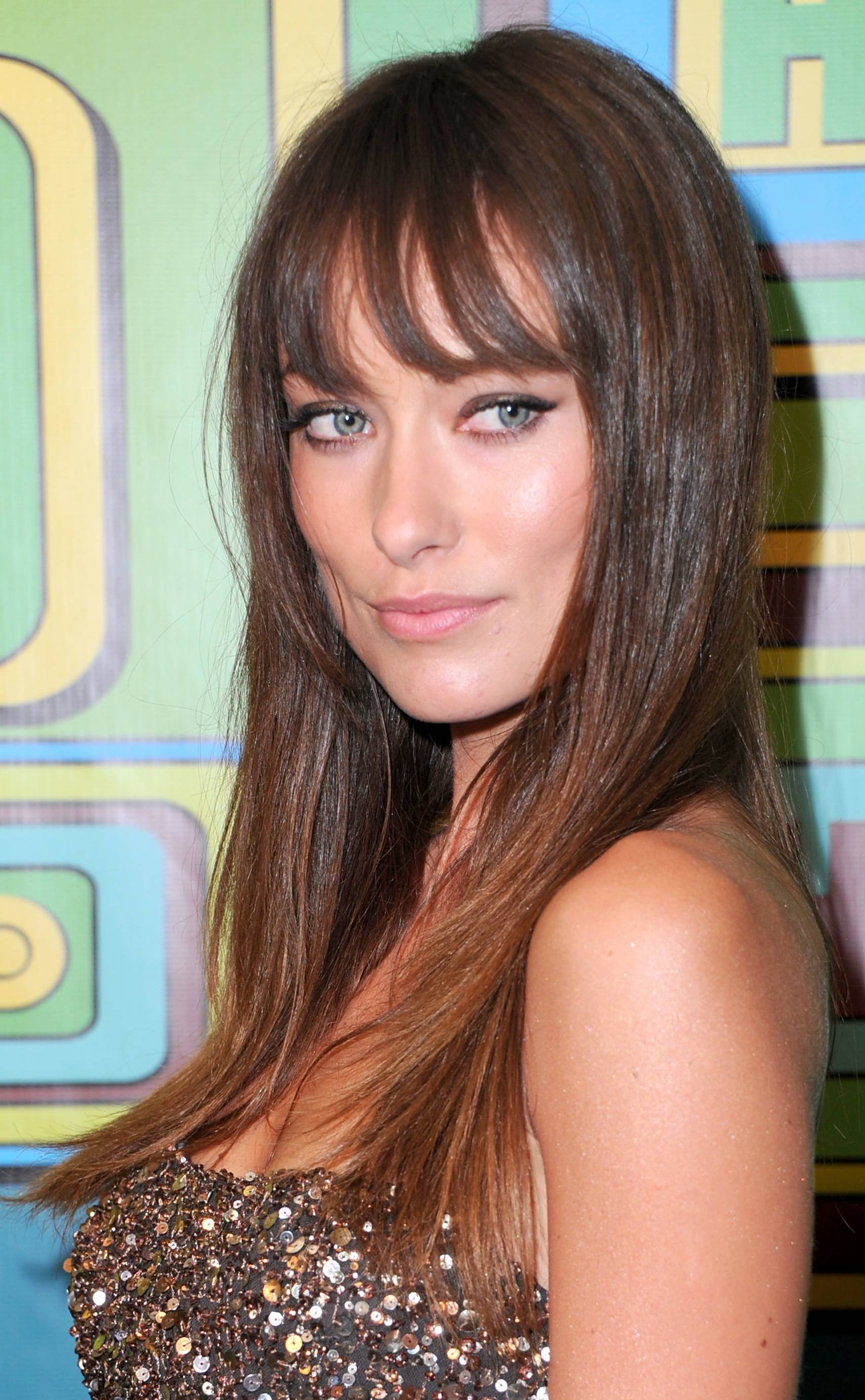 wispy-bangs-hairstyles-round-face-shape