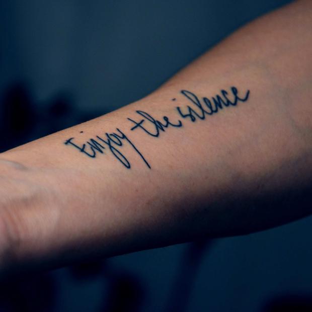 Top Tatuaggi con scritte: 80 foto per scegliere quello giusto! ER89