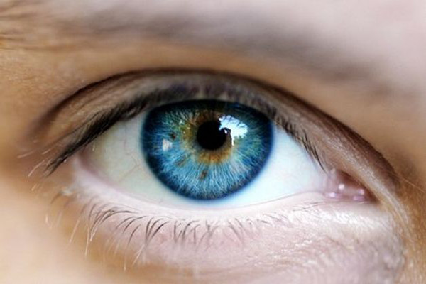 colore-degli-occhi-03