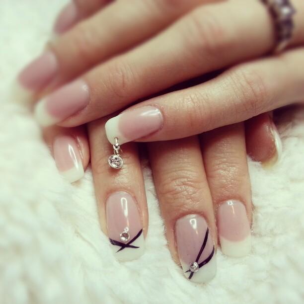 nail-piercing-diamond nail-piercing-diamond