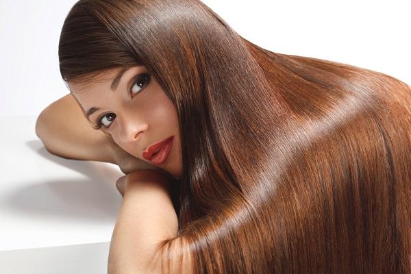 ragazza-con-i-capelli-lunghi-2 - CapelliStyle