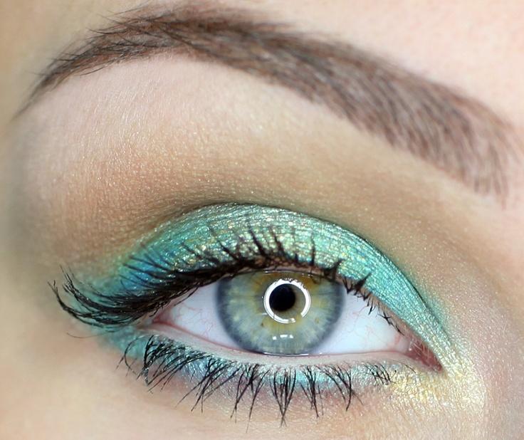 trucco-occhi-azzurri-blu-make-up