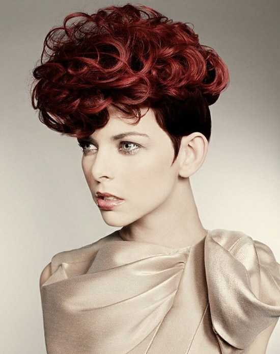 20-Best-Cute-Easy-Simple-Yet-Cool-Curly-Hairstyles-Haircuts-For-Women-7