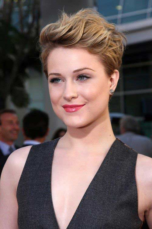 7_Short-Haircut-For-Round-Face