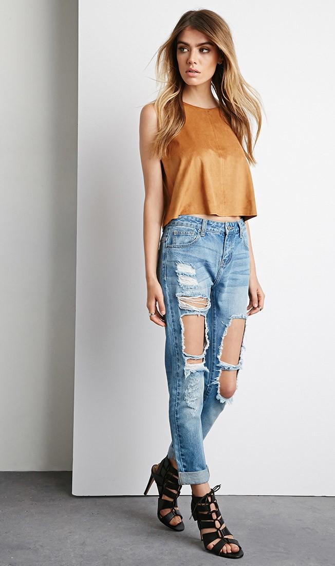 Destroyed-Boyfriend-Jeans