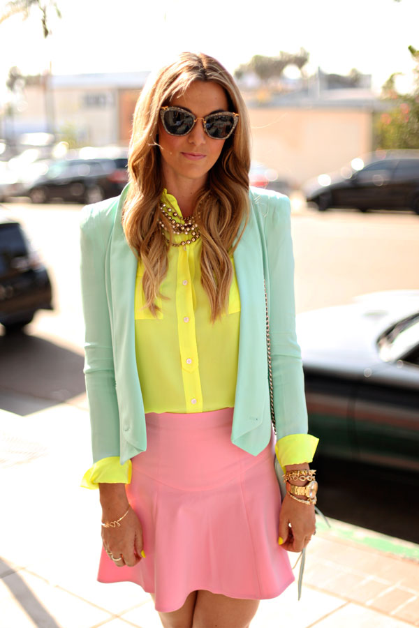 Four-Ways-to-Wear-Pastels-Neon